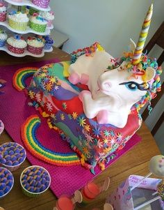 A how to (of sorts) on how I made and decorated my girls Rainbow Unicorn Cake - 7 layer rainbow cake and marshmallow fondant - edible Unique Cakes, Creative Cakes, Cupcakes, Cupcake Cakes, Beautiful Cakes, Amazing Cakes, Unicorn Foods, Unicorn Cakes, Rainbow Unicorn Party
