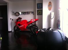 Decoración de moto Cagiva mito modelo 94 de carreras .