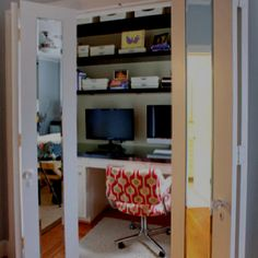 Use closet space for a family computer area--great for monitoring kids while they are surfing the web Houzz.com