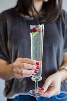 New Years Eve Cocktail Ideas, champagne cocktail ideas - My Style Vita @mystylevita