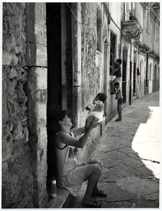 Giuseppe Leone Ragusa Sicily Mother and child Large vintage silver photo 1990c