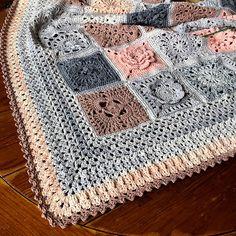 Transcendent Crochet a Solid Granny Square Ideas. Inconceivable Crochet a Solid Granny Square Ideas. Crochet Afghans, Crochet Borders, Afghan Crochet Patterns, Crochet Squares, Baby Blanket Crochet, Granny Squares, Crochet Edgings, Crochet Blankets, Crochet Stitches