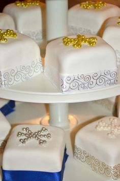 Individual birthday cake