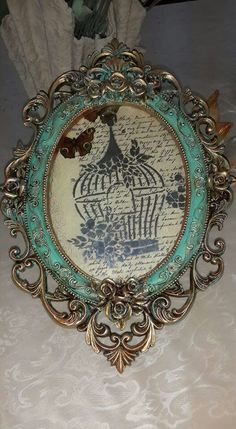 Metal Projects, Metal Crafts, Molduras Vintage, Wallpaper Nature Flowers, Antique Picture Frames, Furniture Painting Techniques, Shabby Chic Frames, Mirror Painting, Paris Art