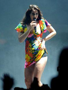 Lana Del Rey: Smoking Chubby Chick At Coachella