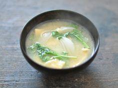 いつものように作って、最後にサッとルッコラを入れるだけ。苦味が気になる方は、玉ねぎなど甘めの食材と一緒にどうぞ♪