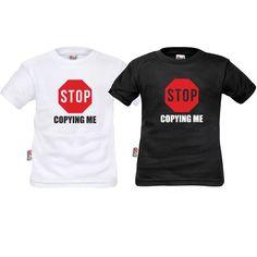 Lot de deux tee shirts enfant jumeaux : stop copying me - SiMedio