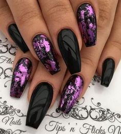 you should stay updated with latest nail art designs, nail colors, acrylic nails. Black Acrylic Nails, Gold Nail Art, Stiletto Nail Art, Summer Acrylic Nails, Gold Nails, Fun Nails, Coffin Nails, Summer Nails, Black Nails