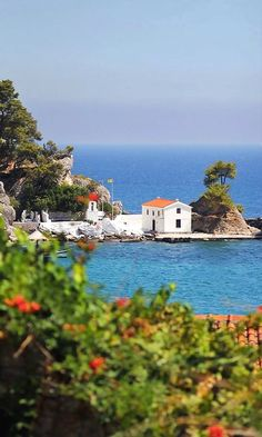 Church of Panagia, Parga , Greece The Places Youll Go, Places To Visit, Beautiful World, Beautiful Places, Ocean Pictures, Ocean Pics, Go Greek, Greek Isles, Thessaloniki