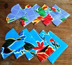 Boekenleggers in tafelzeil – Puurweb Diy General, Sewing Crafts, Diy Crafts, Bookmarks, Tableware, Gifts, Oil, Crochet, Ideas