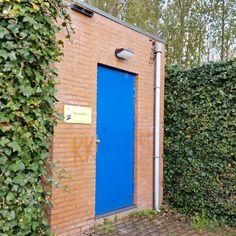 zhz0919 @zhz0919 Nieuwendijk Koning Haaakonstraat Doors, Outdoor Decor, Instagram, Home Decor, Slab Doors, Homemade Home Decor, Interior Design, Home Interiors, Decoration Home