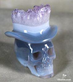 Skull wearing a crystal top hat. Agate & Amethyst Druse Crystal Skull. bt Skullis