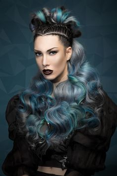 Born with the idea of enhancing the beauty of hair, the Waves and Colors collection from stylist Gonzalo Zarauza of Centro Beta in San Sebastián, Spain, fuses elegant waves and jewel-tone hues. Creative Hairstyles, Unique Hairstyles, Braided Hairstyles, Corte Y Color, Editorial Hair, Hair Shows, Crazy Hair, Hair Art, Colored Hair