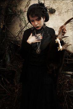 HARAJUJU - Your Style Inspiration Pictures.  Very Mori (dark mori).