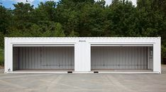 BigSteelBox Structures modifies steel shipping containers into mobile tool cribs for use on construction and industrial sites and in the field. Call 1-877-373-1187