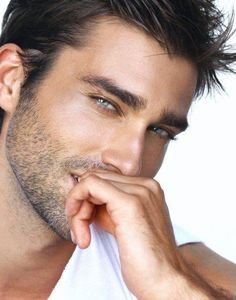 WOW i like.... Lionel Clerc...again superb to sketch esp the stubble and color of the eyes!
