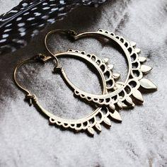 ✧♆✧ Statement gold drop earrings ✧♆✧ Shop ⇢⇢ www.shopdixi.com // shop dixi // boho // bohemian // gothic // grunge // witchy // witchy // boho jewels // boho chic // bohemian jewellery // bohemian jewelry // silver rings // sterling silver // gypsy jewels // rings // stacking rings // moon child // dark // mystic