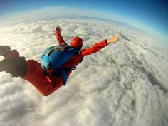 Things to do before I die : Parachuting