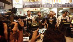 Grupo Mascarada Carnaval: La hamburguesa más solidaria