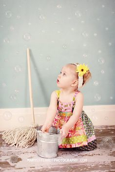 Mary Efflandt Photography...very cute with the bubbles