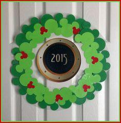 Mickey Head Christmas Wreath For Cruise Door Magnet