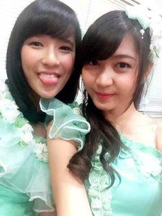 Foto Member JKT48 Dengan Kostum Single Pareo wa Emerald | Semua Tentang JKT48 dan Hal Unik Di Jepang Dan Dunia