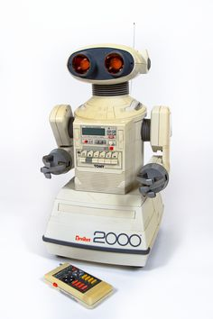 MoMA / Century of the Child / c 1985 Power Play - Omnibot Remote Controlled Robot, manufactured by Tomy (formerly Tomiyama) Vintage Robots, Retro Robot, Vintage Toys, Retro Vintage, Peter Et Sloane, Science Fiction, Arte Robot, 1980s Toys, Do You Remember