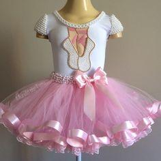 Birthday Cake Girls Ballerina Tutus Ideas For 2019 Ballerina Birthday Parties, Birthday Tutu, Cake Birthday, Little Girl Dresses, Girls Dresses, Flower Girl Dresses, Baby Tutu, Baby Dress, Fashion Kids