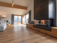 Fireplace RIII from Rüegg Cheminée Schweiz AG interior design ideas Living Room Decor Fireplace, Home Fireplace, Modern Fireplace, Fireplace Frame, Fireplace Ideas, Small Living Rooms, Living Room Designs, Contemporary Fireplace Designs, Modern Lounge