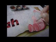 Olá amigas(os) hoje vamos assistir mais uma vídeo aula de pintura em fraldas, lembrando a vocês que tds os riscos estão disponíveis na minha página, Artes da...