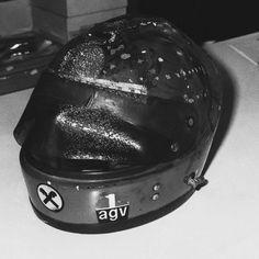 Lauda's helmet after the crash. Formula 1, Grand Prix, F1, Riding Helmets, Ayrton Senna