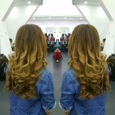 #hair #cabello #sunkissed #besosdesol #axelsunkissed #axelbesosdesol #hairdresser #hairstylist #estilista #peluquero #peluqueria #Panama #pty #pty507 #picoftheday #mirrorphoto #multiplaza #axel04