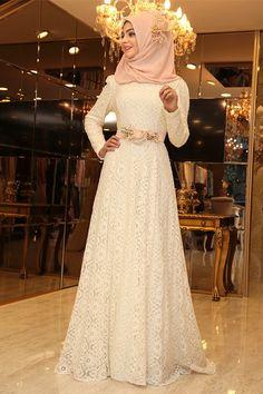 Pınar Şems Ekru Çiçekli Esra Abiye