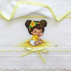 """Fralda de Ombro """"Laranjinha Baby - Turma da Moranguinho"""""""