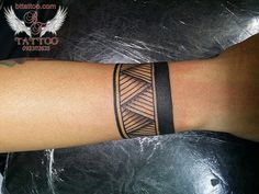 armband Maori tattoo by www.bttattoo.com https://www.facebook.com/BTtattoo