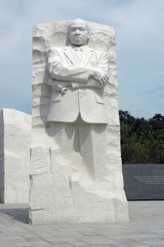 Yikin, Martin Luther King Jr. Memorial (2011), Washington DC
