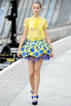 Mary Katrantzou Spring 2011 Ready-to-Wear Fashion Show - Katie Fogarty