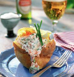 Potato Dishes, Potato Recipes, Swedish Recipes, Base Foods, Fish And Seafood, Food Inspiration, Baked Potato, Food Porn, Food And Drink
