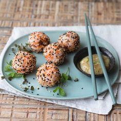 Sushi gibt es nicht nur in Rollenform. Es gibt auch andere Varianten, die Abwechslung auf den Tisch bringen. Wie unser ingwerscharfes, rundes Te-Mari...