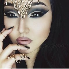 Nayeona - my absolute FAVORITE mua right now. I'm so obsessed with her