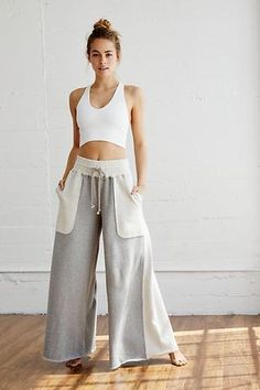 Summer Outfits, Casual Outfits, Cute Outfits, Fashion Outfits, Girly Outfits, Gothic Fashion, Fashion Pants, Yoga Fashion, Baggy Jeans Damen
