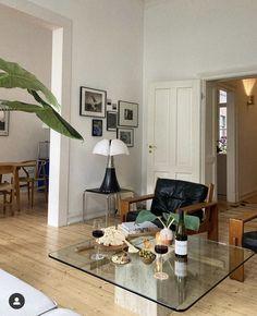 Apartment Interior, Apartment Living, Room Interior, Home Interior Design, Interior Architecture, Living Room Inspiration, Home And Living, House Design, Ideas