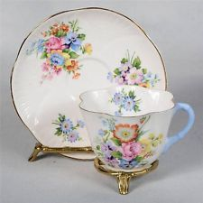 Shelley Pires & Xícara De Chá-Branco Decorado Com buquês de flores Misto