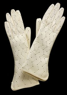 1950, Italy - Pair of gloves - Suede leather, hand stitched with chain stitching