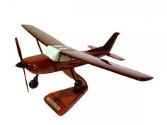 New Moc Pro Cessna 172 Wooden Handmade Airplane Model Made in Japan! L size 284 #MocPro
