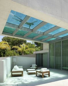 Sun deck under roof pool