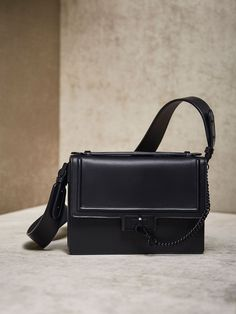 9124eeaa87 27 Best BAGS images | Outfits, Satchel handbags, Shoes