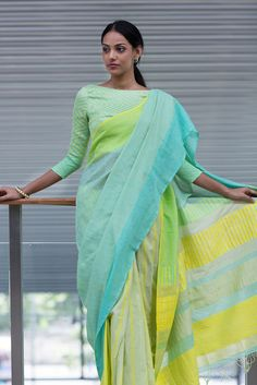 Muhudu Eli Saree from FashionMarket.lk