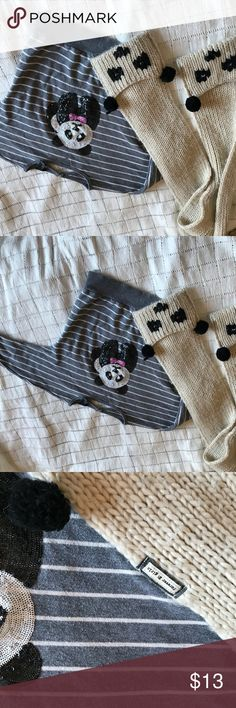 Girls panda forever 21 bundle oversized sweater Gently used sweater shirt top and the scarf does have signs of use since my daughter use to love her panda pocket knit scarf.  Selling together as a bundle. Top is small but fits like a 4 5 small Forever 21 Shirts & Tops Sweaters