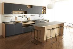 Kitchen of the Week: Jasper Morrison's First Modular Kitchen for Schiffini